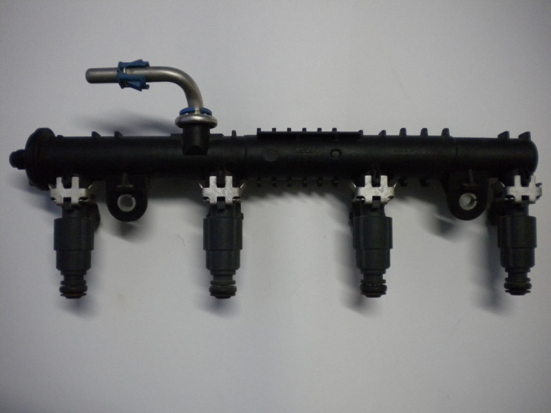 Rail Bosch 0280151076...